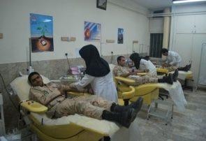  اهدای خون مرزبانان هنگ مرزی درگز به مناسبت هفته ناجا